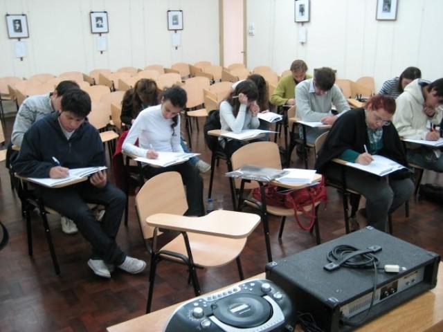 Acuerdo paritario sobre condiciones del trabajo docente para toma de exámenes