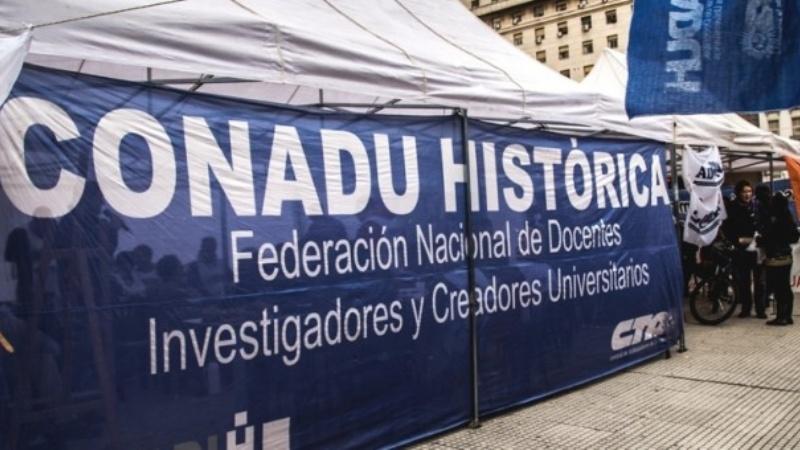 Paro nacional docente en repudio a represión en Chubut